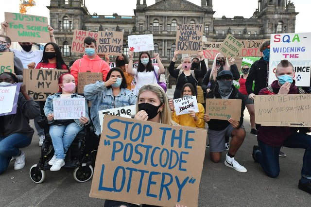 Scottish students stage protests in Edinburgh and Glasgow at the SQA exam results