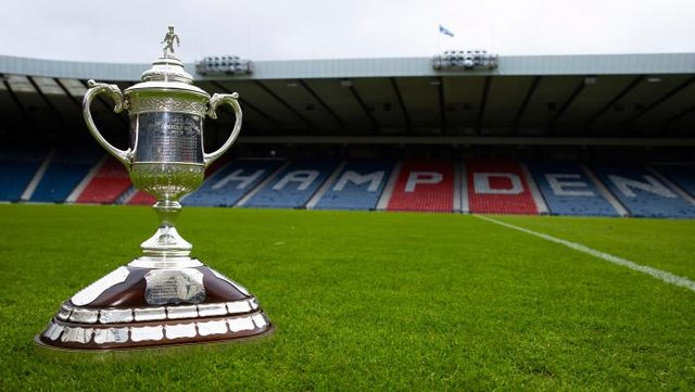 The Scottish Cup trophy is up for grabs. (Photo by Alan Harvey / SNS Group)