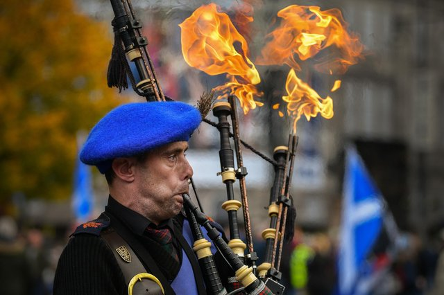 Would a new referendum campaign be the flame to bring us together or would it simply generate hot air (Picture: Jeff J Mitchell/Getty Images)