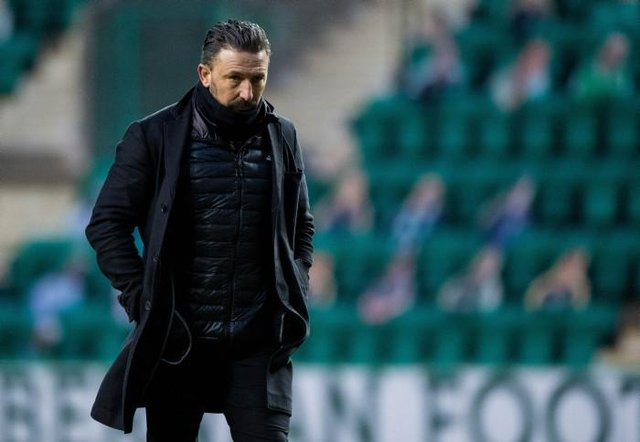 Aberdeen manager Derek McInnes at full-time as Hibs defeat Aberdeen at Easter Road. (Photo by Ross Parker / SNS Group)