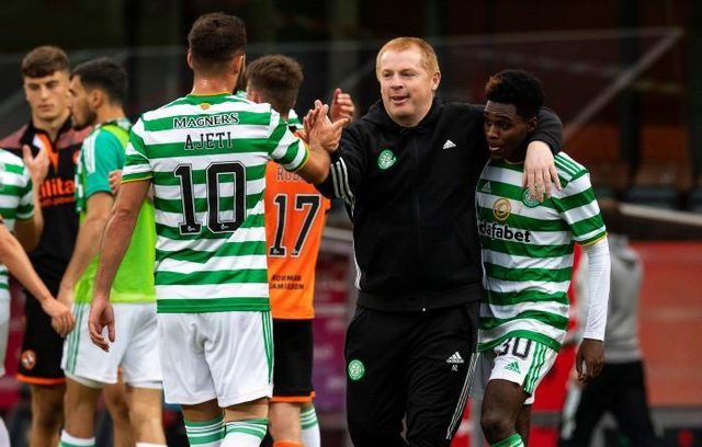 Neil Lennon celebrates with Jeremie Frimpong and Albian Ajeti at Tannadice, in August . (Photo by Alan Harvey / SNS Group)