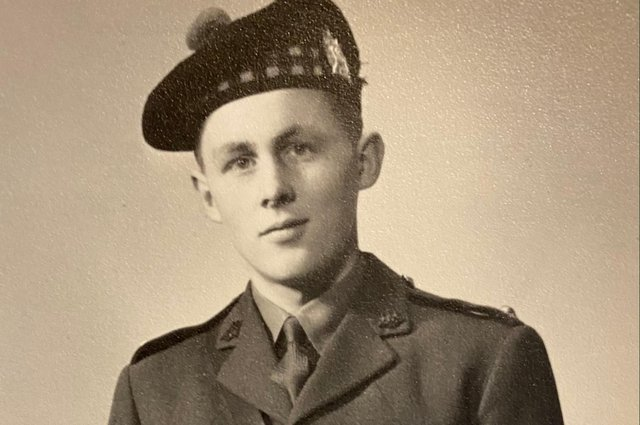 Alastair Brooks was commanding a platoon in the King's Own Scottish Borderers at the age of 19