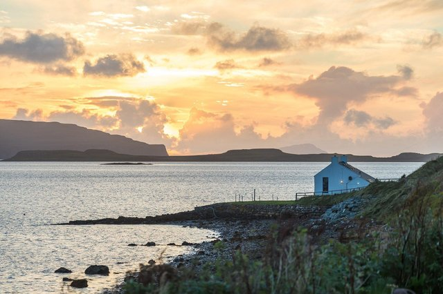 An island bolthole owned by pop legend Donovan who hosted friends including George Harrison at his Isle of Skye getaway is up for sale.