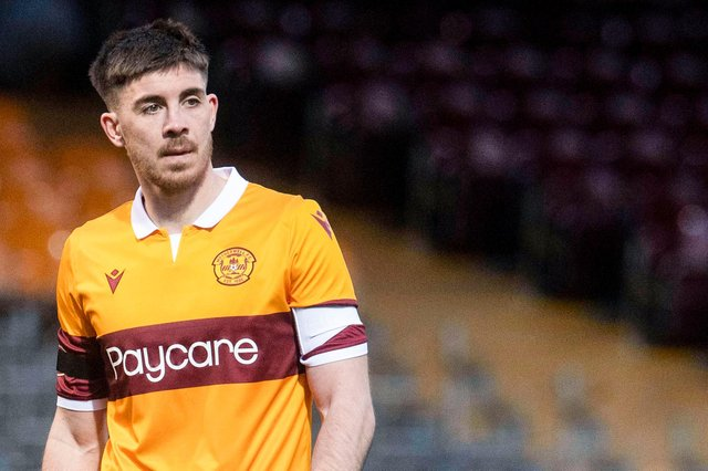 Declan Gallagher - Motherwell are not happy that Aberdeen announced the defender's pre-contract signing last week (Photo by Craig Foy / SNS Group)