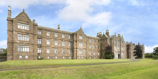The former Sunnyside Royal Hospital has been converted into luxury apartments.