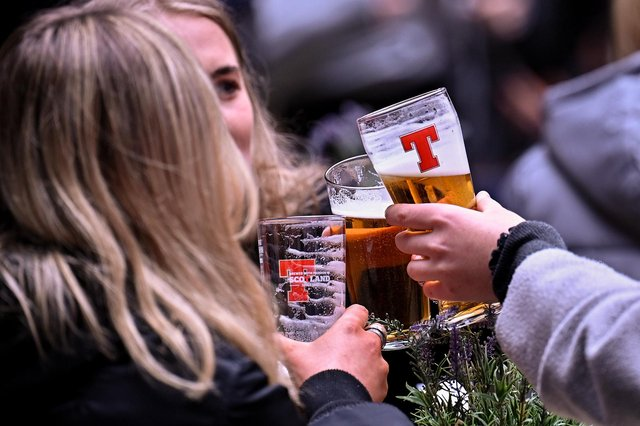 Pubs will be able to stay open later to show Euro 2020 matches that go to extra time (Getty Images)