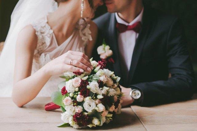 Further easing of restrictions on weddings in Scotland take place from today.