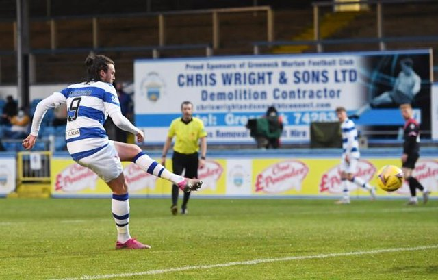 Morton striker Robbie Muirhead slots home his second goal of the night in the 3-0 win over Airdrie in the second leg of the Championship play-off final at Cappielow. (Photo by Ross MacDonald / SNS Group)