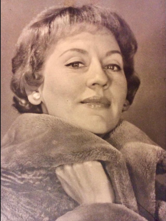 Margaret Stoddart was married to Edinburgh's 'Lone Piper', George Stoddart BEM
