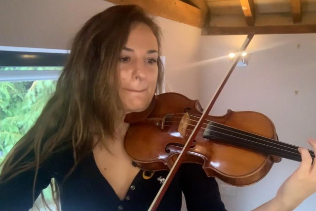Violin sensation Nicola Benedetti has joined forces with some of Scotland's leading traditional musicians to record a video and single in aid of rugby icon Doddie Weir's charity.