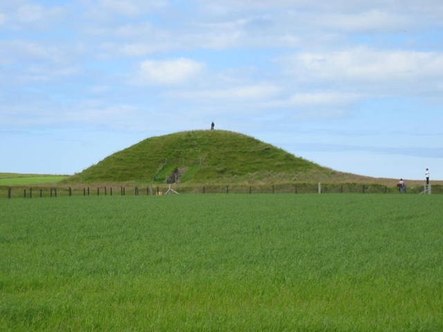 A new study has revealed that parts of Maeshowe , a 5,000-year-old tomb in Orkney, were built upside down to represent the afterlife.