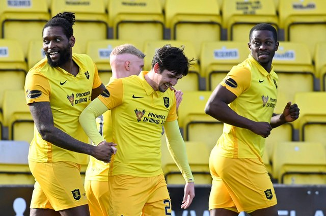 Jay Emmanuel-Thomas (L) celebrates his goal to make it 1-0 to Livingson in the eventual 2-1 win over Hamilton Accies (Photo by Rob Casey / SNS Group)