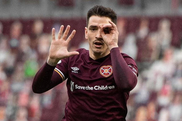 Hearts' Jamie Walker celebrates his equaliser against Morton - it was his 50th goal in two spells at the club (Photo by Ross MacDonald / SNS Group)