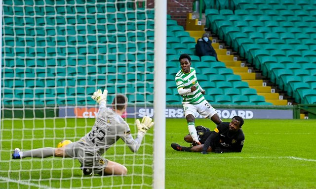 Celtic's Jeremie Frimpong has a first half strike saved by Livingston goalkeeper Max Stryjek. It proved one of the few chances the home side created in a soulless draw. (Photo by Rob Casey / SNS Group)
