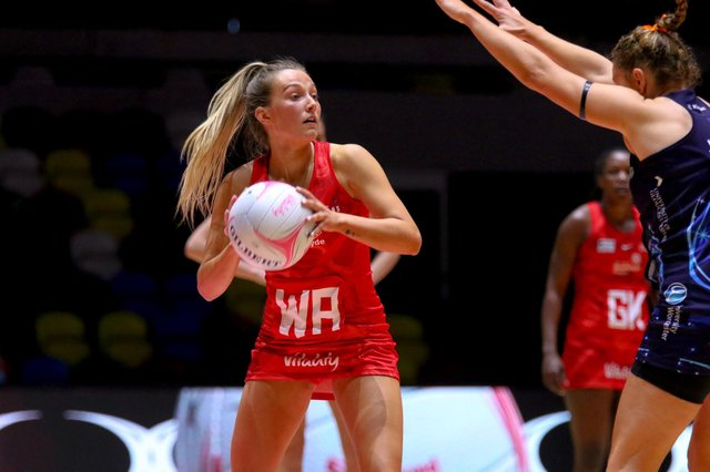 Bethany Dix in action for the Strathclyde Sirens in their win over Severn Stars at the Copper Box.