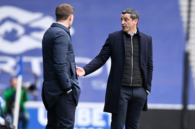 Rangers manager Steven Gerrard and Hibs head coach Jack Ross during the match at Ibrox on Sunday (Photo by Rob Casey / SNS Group)