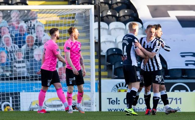 St Mirren celebrate Kristian Dennis' equaliser.