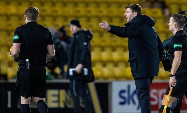 Steven Gerrard on the field at the Tony Macaroni Arena as he remonstrates with referee John Beaton. Picture: SNS
