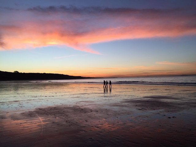 Wild campers flock to Yellowcraig Beach for stunning sunsets like this