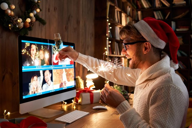Festive pub quizzes will be virtual affairs this year (Getty Images)