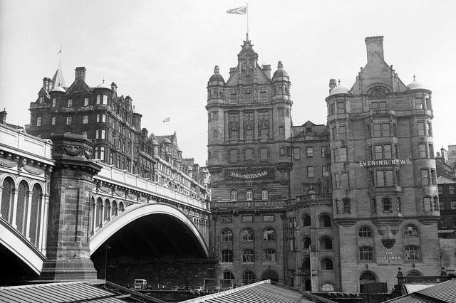 Scotsman Office - Exterior - From North Bridge
