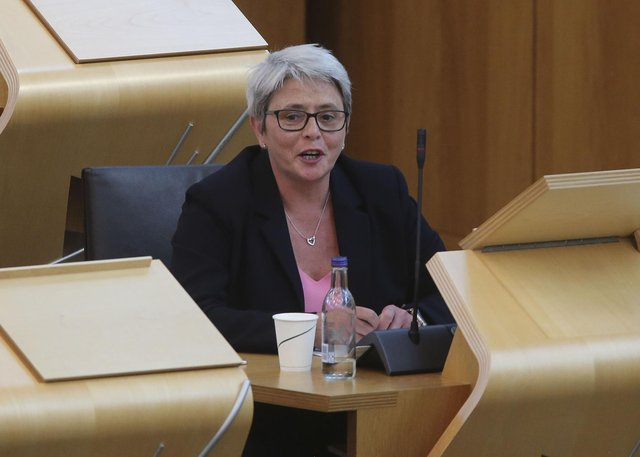 Annie Wells MSP wants to see a Barnett style funding formula for councils.