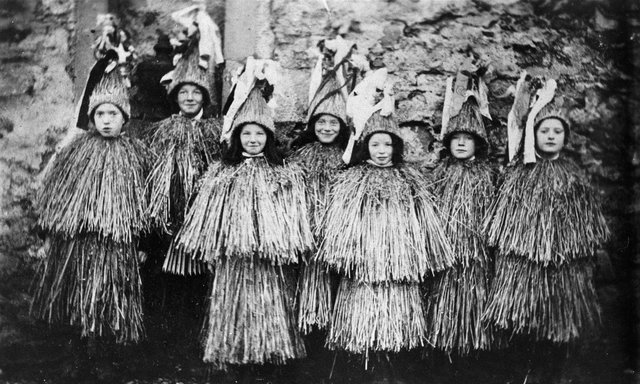 Skeklers on Shetland in 1909. PIC: Courtesy of Shetland Museum and Archives.