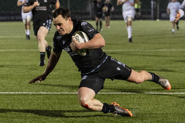 Glasgow's Lee Jones scores a second half try in the win over Ospreys at Scotstoun. Picture: Craig Williamson/SNS