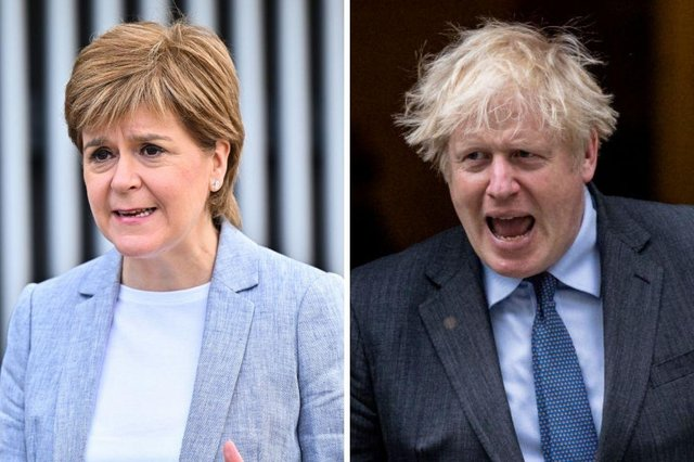 """Nicola Sturgeon has claimed Downing Street is attempting to """"rig"""" the result of a second referendum on Scottish independence."""