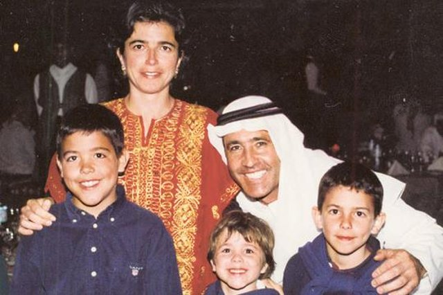 Seve with his family