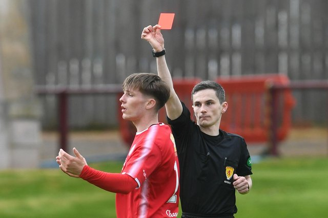 Brechin's Chris McKee is sent off during a Scottish League Two play-off final second leg against Kelty Hearts at Glebe Park (Photo by Craig Foy / SNS Group)