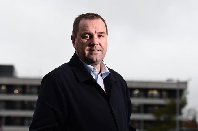 Labour MSP Neil Findlay has apologised to comic Janey Godley.