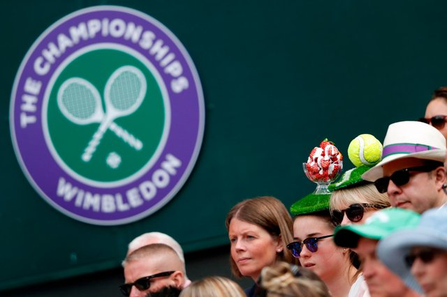 A reduced capacity of spectators will be allowed through the SW19 doors to witness the world's best players grace the grass courts at the 2021 Championships. (Pic: Getty Images)