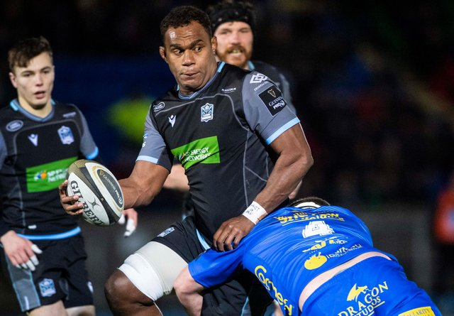 Offload expert Leone Nakarawa has signed a new deal with Glasgow Warriors.