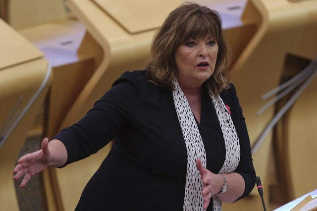 Scottish culture secretary Fiona Hyslop has warned artists and performers face being cut off from the rest of Europe unless the visa deadlock is broken.