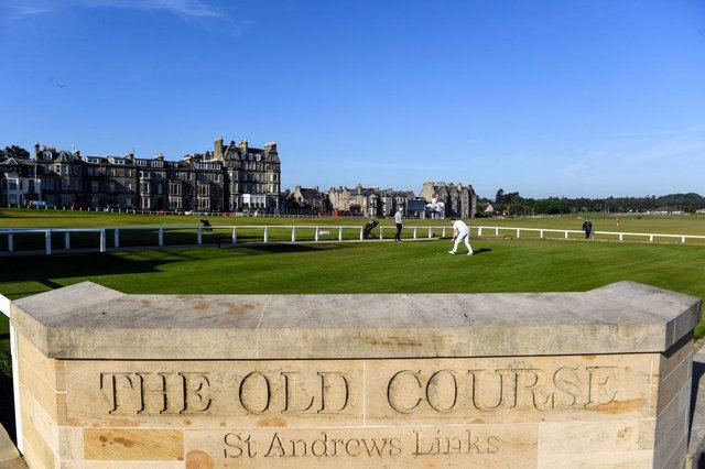 Golf correspondent Martin Dempster hit rock bottom on the Old Course in St Andrews during a media event in 2015. Picture: Andy Buchanan/AFP via Getty Images.