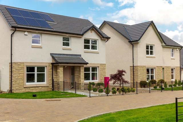 House-hunters have been signing up for family-sized homes at a new development by Dundas Estates st Uphall Station, near Livingston