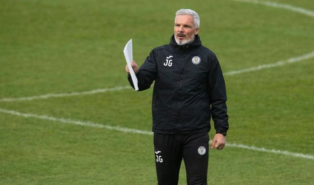 St Mirren manager Jim Goodwin makes his point during a training session on Friday ahead of Sunday's Scottish Cup semi-final against St Johnstone at Hampden. (Photo by Craig Foy / SNS Group)