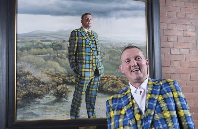 Doddie Weir stands in front of his portrait at the Scottish National Portrait Gallery (Picture: Neil Hanna)