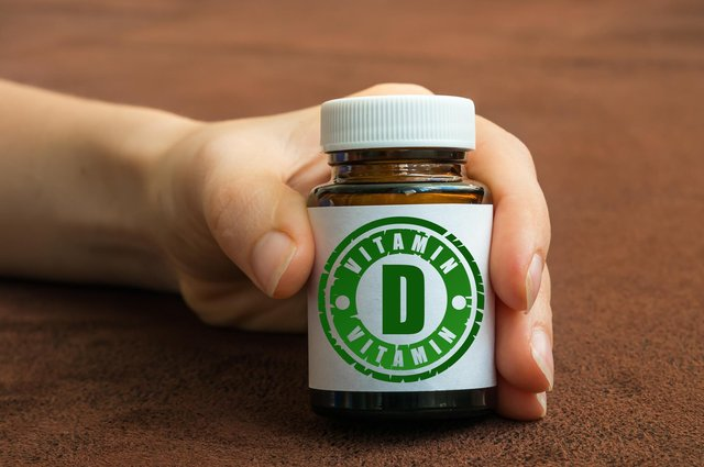 Vitamin D helps regulate the amount of calcium and phosphate in the body, and these nutrients are needed to keep muscle, teeth and bones healthy (Photo: Shutterstock)