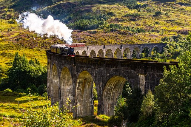 """The Jacobite Express doubled as the """"Hogwarts Express"""" in the Harry Potter film franchise."""