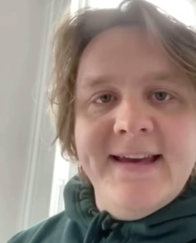 Lewis Capaldi is supporting old pals The Snuts.