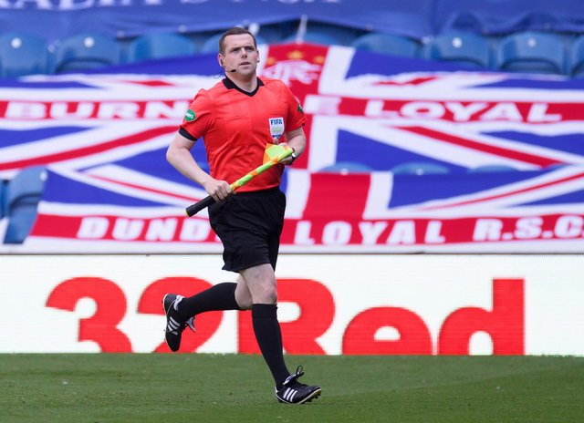 Assistant referee and Scottish Conservative leader Douglas Ross wants to bring the World Cup final to Scotland.