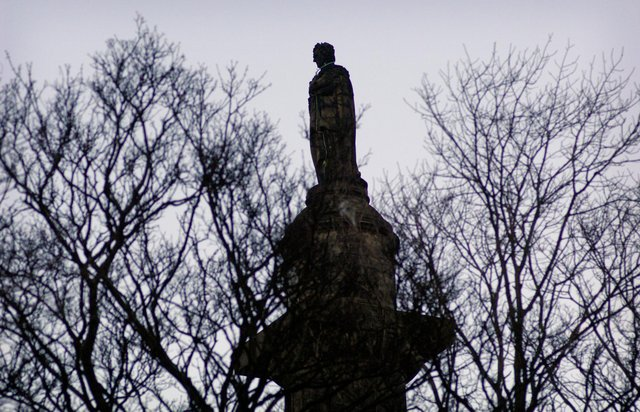The statue of Henry Dundas, 1st Viscount Melville, who was instrumental in delaying the abolition of the slave trade by 15 years, in central Edinburgh (Picture: Callum Bennetts)