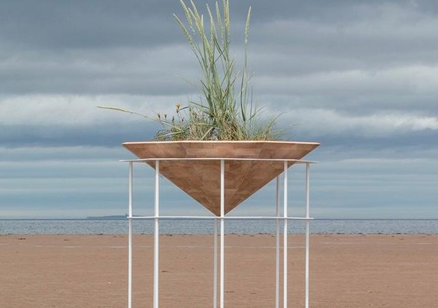 Dune Cradle by Hannah Imlach, created and installed at Belhaven Bay, Dunbar, during the artist's John Muir Residency in 2017