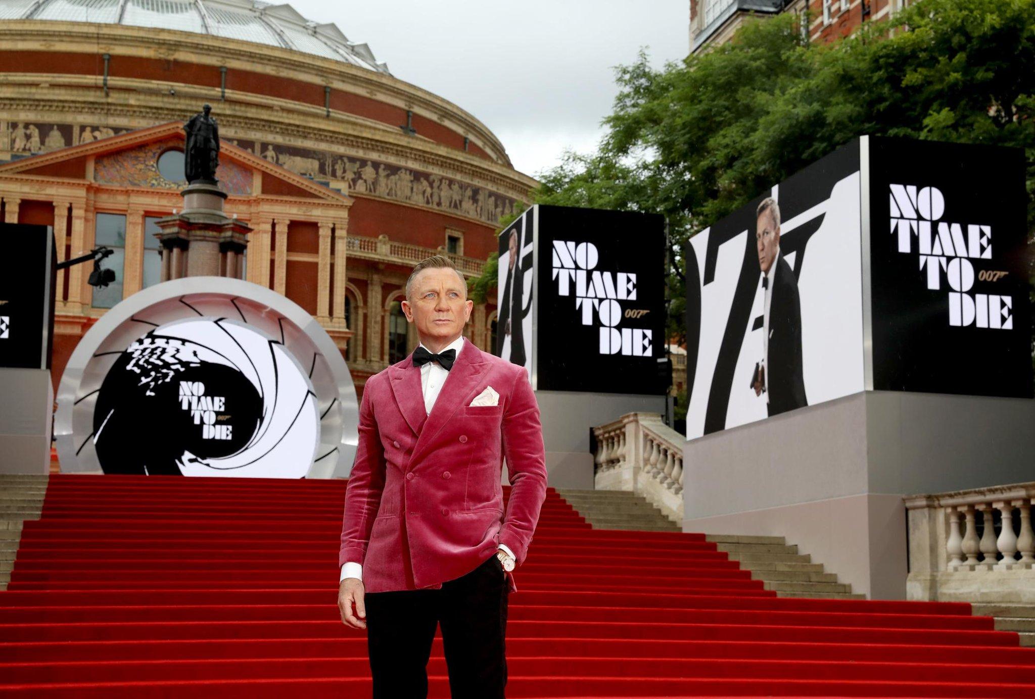 No Time To Die: Lagu Bond Daniel Craig akhirnya tiba untuk membantu menyelamatkan industri perfilman