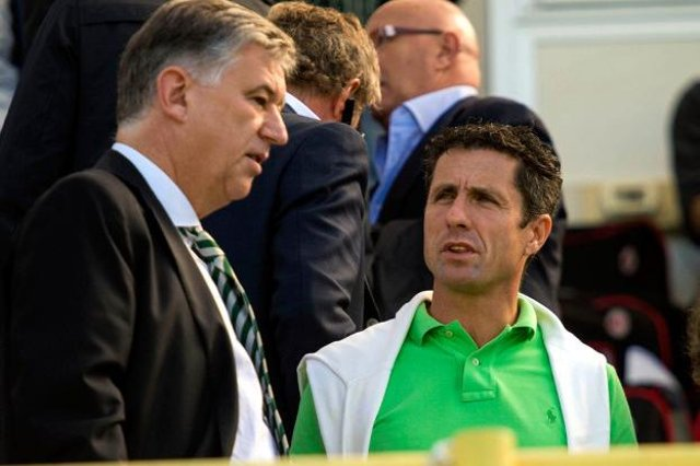 Former Celtic star John Collins praised outgoing CEO Peter Lawwell.