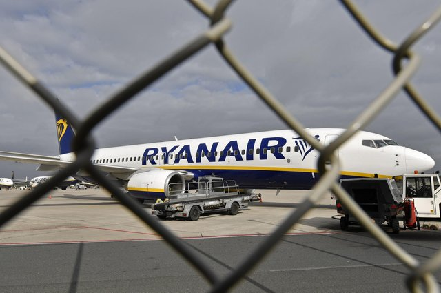 Ryanair noted that in the three months to December, 8.1 million passengers used its aircraft, compared to 35.9 million in the same quarter in 2019. Picture: AP Photo/Martin Meissner