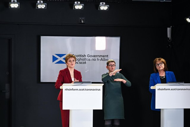 First Minister Nicola Strugeon and Health Secretary Jeane Freeman, hold a coronavirus briefing at St Andrews House on March 29, 2020 in Edinburgh, Scotland (Photo by Jeff J Mitchell/Getty Images).