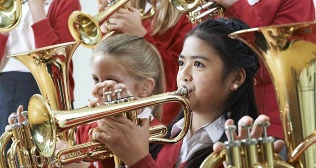 The SNP has pledges that children should have access to free music tuition in schools.